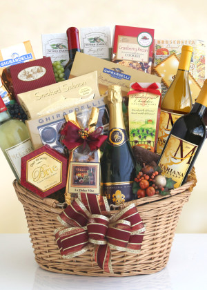 Grand Tier Gourmet Basket
