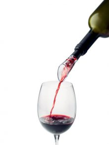 Wine Aerator - WineShop At Home Aerator filters, splits and oxygenates the wine as you pour