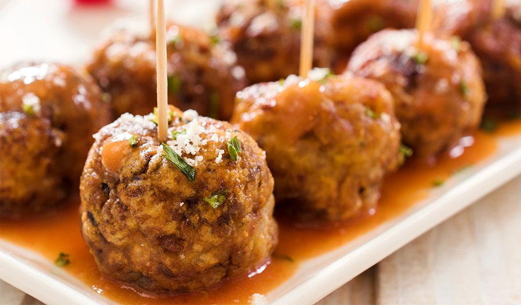 Winemaker's Holiday Food & Wine Pairing Guide - Meatballs